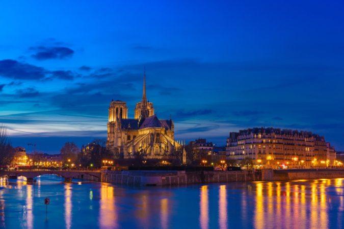パリの風景写真 - マジックアワーに撮影した美しい花の都