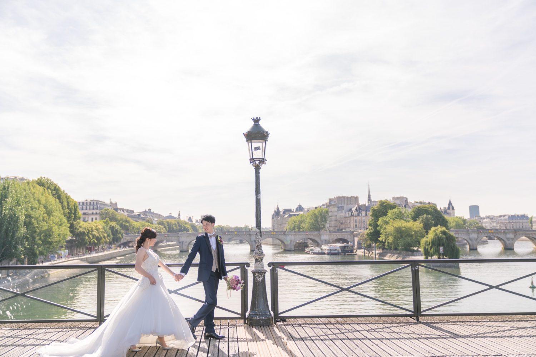 パリ中心地のウェディングフォトツアー撮影スポット④