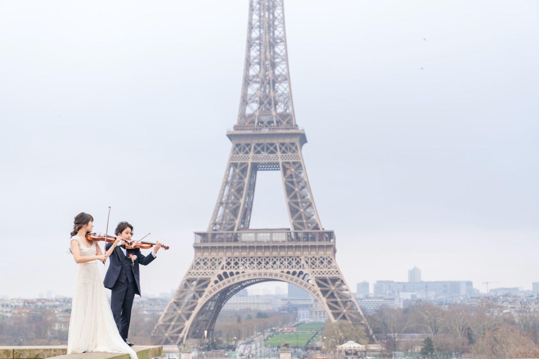 【エッフェル塔でウェディングフォト】 – パリのシンボル③