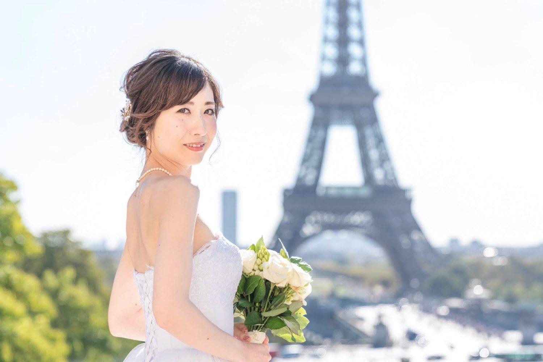 【エッフェル塔でウェディングフォト】 – パリのシンボル②