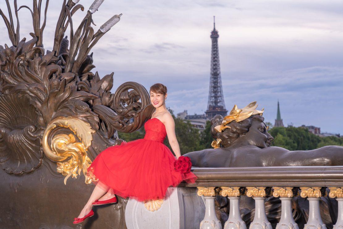 【アレクサンドル三世橋でウェディングフォト】 – パリで一番美しい橋