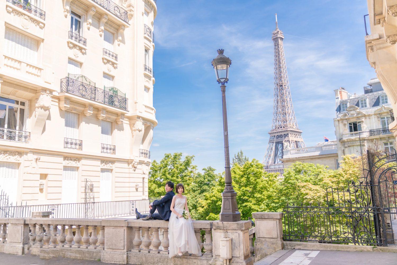 【エッフェル塔でウェディングフォト】 – パリのシンボル11