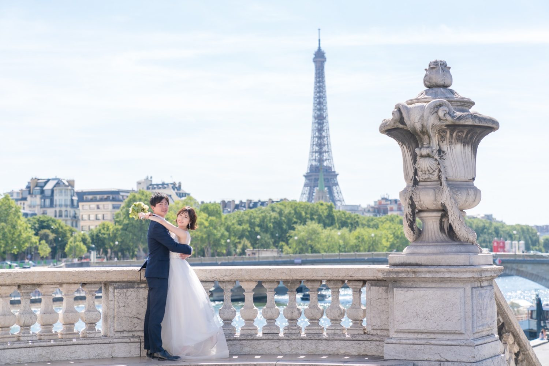 【エッフェル塔でウェディングフォト】 – パリのシンボル12